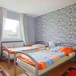 Hotel Pictures: 4820 Privatapartment WiFi Kassebeerenworth, Sarstedt