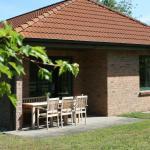 Hotel Pictures: Ferienwohnungen und Ferienhäuser auf dem Reiterhof, Ribnitz-Damgarten