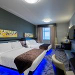 Applause Hotel Calgary Airport by CLIQUE, Calgary