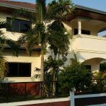 Deluxe 5 Bedroom Palm Villa, Na Jomtien