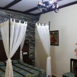 Hotel Pictures: Hostal Restaurante El Lirio, Bollullos par del Condado