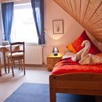 Hotel Pictures: Ferienhaus Rotschenkelweg, Neßmersiel