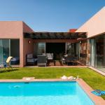 Hotel Pictures: Villa Maspalomas- El Salobre - Gran Canaria 3354, La Playa de Arguineguín