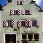 Hotel Pictures: Hotel-Gasthof Goldener Greifen, Rothenburg ob der Tauber