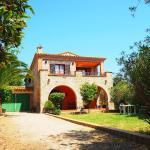 Hotel Pictures: Farm Stay Castelló d'Empúries 2831, Castelló dEmpúries