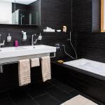 Hotel Pictures: Andermatt Swiss Alps Resort 6, Andermatt