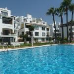 Hotel Pictures: Vistas del Mar -Los Flamingos, Mijas Costa
