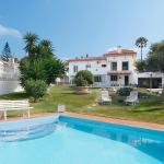 Hotel Pictures: Villa Las Farolas, Mijas Costa