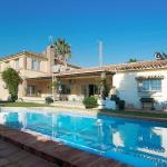 Hotel Pictures: Villa Paloma, Fuengirola