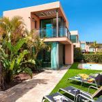 Hotel Pictures: Villa Maspalomas- El Salobre - Gran Canaria 3433, La Playa de Arguineguín