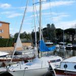 Hotel Pictures: Apartment Port-Cogolin 4050, Grimaud