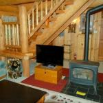 Farm Stay 10SL Log Cabin,  Glacier