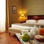 Hotel Nuvò,  Naples