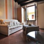 Comfortable apartment Salò city centre - Cavour square - Garda lake, Salò