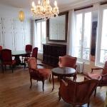 Apartment Lepic, Paris