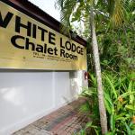 White Lodge, Pantai Cenang