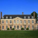 Hotel Pictures: Château de la Giraudière, Villeny