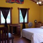 Hotel Pictures: Casa Sirena, Placencia Village
