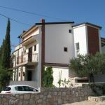 Apartments Gulam 1274, Pirovac
