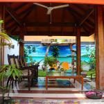 Natural Surf House, Himmafushi