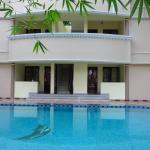 Ganesh Holiday Home Bed and Breakfast,  Kovalam