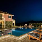 Villa Athinais, Lixouri