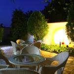 Hotel Pictures: Zoti Hotel, Shumen