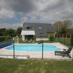 Hotel Pictures: Holiday Home La Corniche, Trégunc