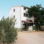 Two-Bedroom Apartment in Rab III,  Barbat na Rabu