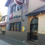Palm and Pawn Tavern Motor Inn Bistro, Wagga Wagga