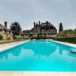 Hotel Pictures: Chateau du Doux, Altillac