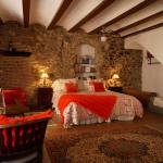 Hotel Pictures: Casa Matilda Bed and Breakfast, Corçà