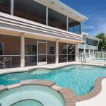 Primo Pool Lower, Fort Myers Beach