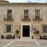 Hotel Pictures: Hospedería El Convento, Lillo
