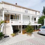 Apartments Villa Nikol, Trpanj