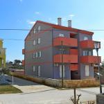 Apartments Anto 1303,  Povljana