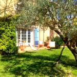 Hotel Pictures: Bastide Bourgeoise, Tourrettes