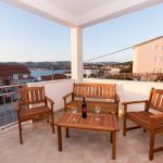 Apartment Dragutin A1, Trogir