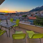 Apartment Sunset, Makarska