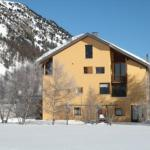 Hotel Pictures: Apartment Traunter Ovas, Sils Maria