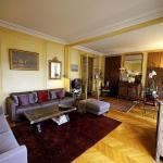 Apartment Palais des Congrès, Paris