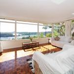 Beach House & Amazing Water View, Sydney