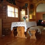 Hotel Pictures: Rõõmu Holiday Home, Mändjala