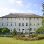 Hotel Pictures: Schlosshotel Ranzin, Ranzin