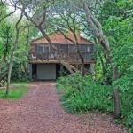 Treetop Cottage Holiday home, Crescent Beach