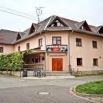 Hotel Pictures: Penzion Šatovské lípy, Šatov