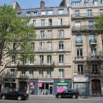 A la Plaine Monceau, Paris
