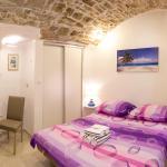 Studio Apartment Volat,  Split