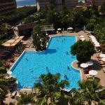 Port Side Resort Hotel, Side