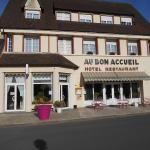 Hotel Pictures: Au Bon Accueil, Juvigny-sous-Andaine